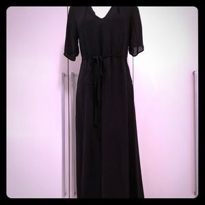 Dresses & Skirts - Black floor length dress with belt tie.